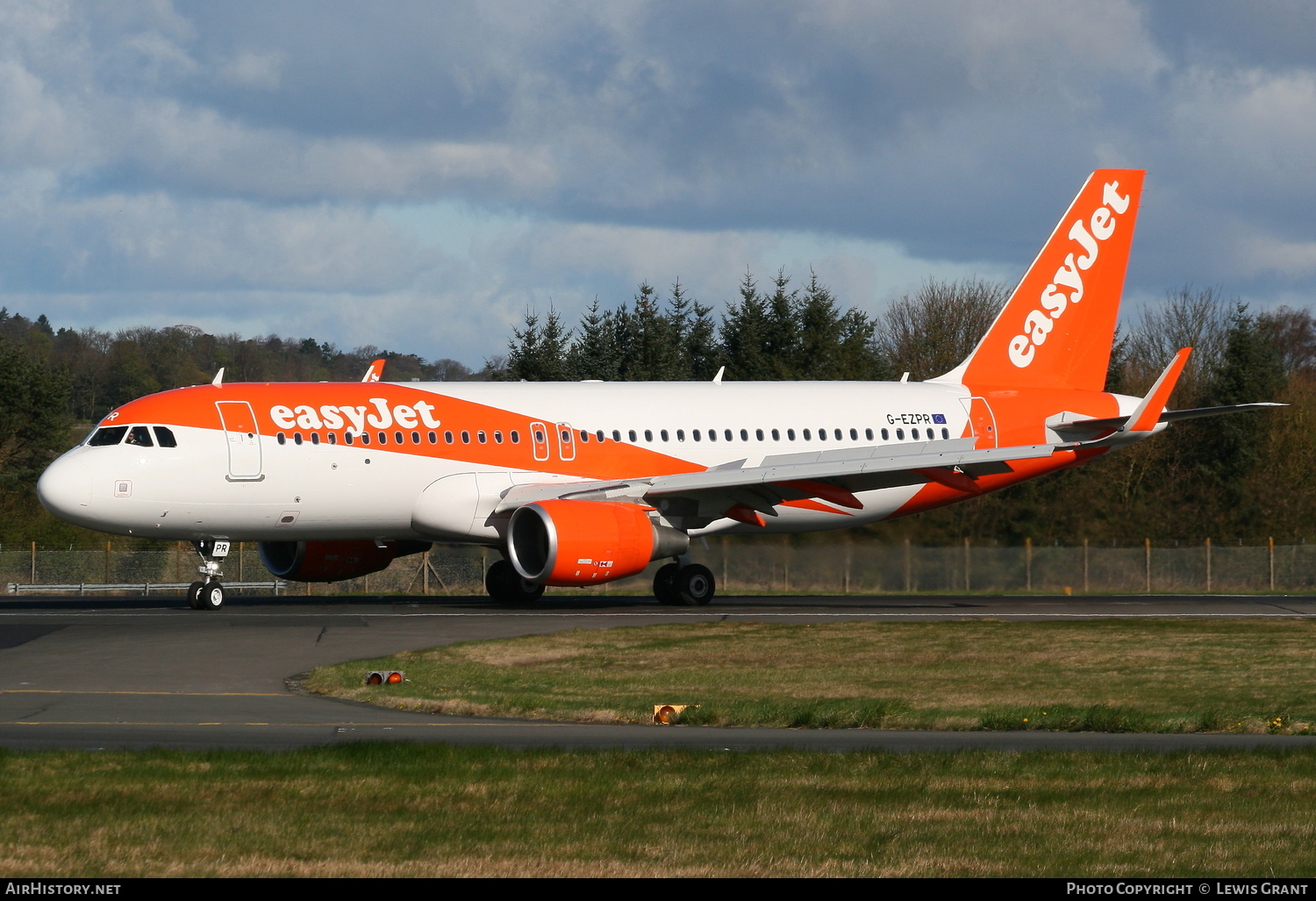 Aircraft Photo of G-EZPR | Airbus A320-214 | EasyJet | AirHistory.net #105619
