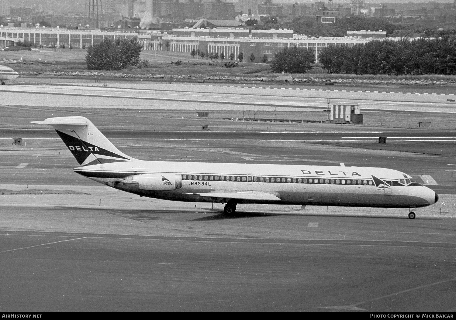 Aircraft Photo of N3334L | McDonnell Douglas DC-9-32 | Delta Air Lines | AirHistory.net