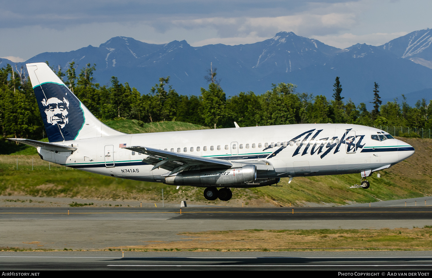 Aircraft Photo of N741AS | Boeing 737-2Q8C/Adv | Alaska Airlines | AirHistory.net