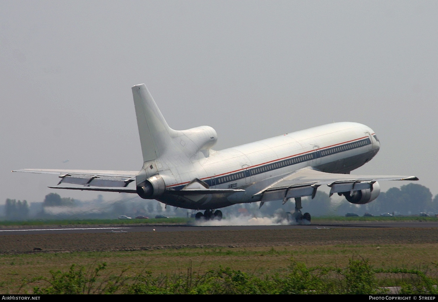 Aircraft Photo of EX-044 | Lockheed L-1011-385-1-15 TriStar 250 | AirHistory.net