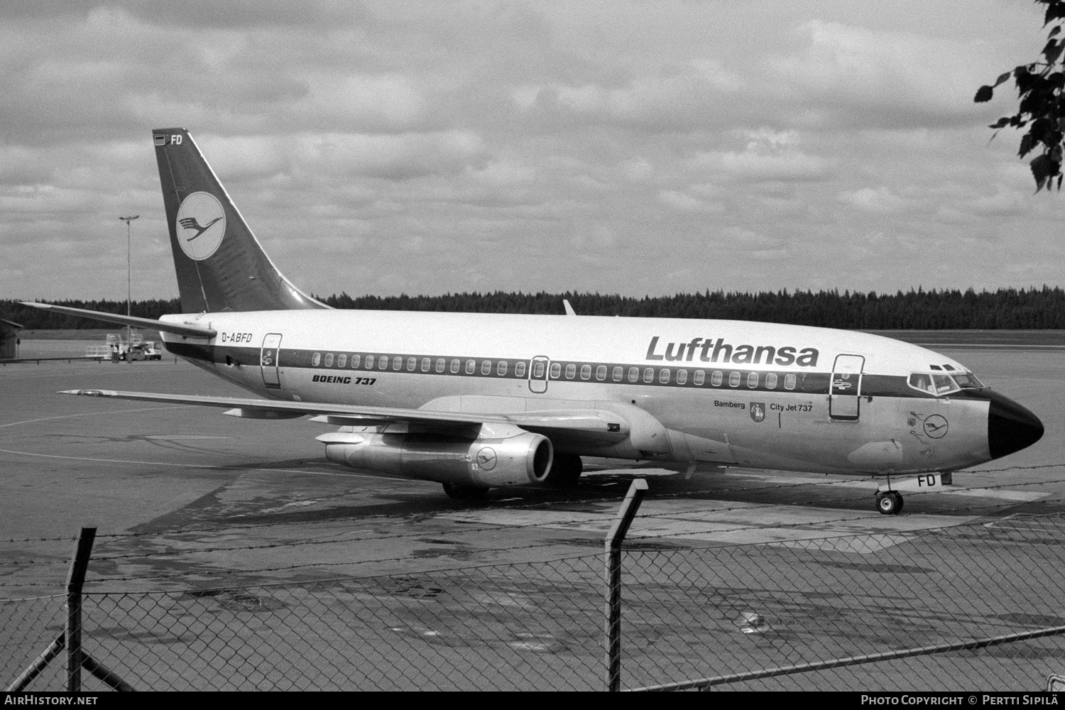Aircraft Photo of D-ABFD | Boeing 737-230/Adv | Lufthansa | AirHistory.net