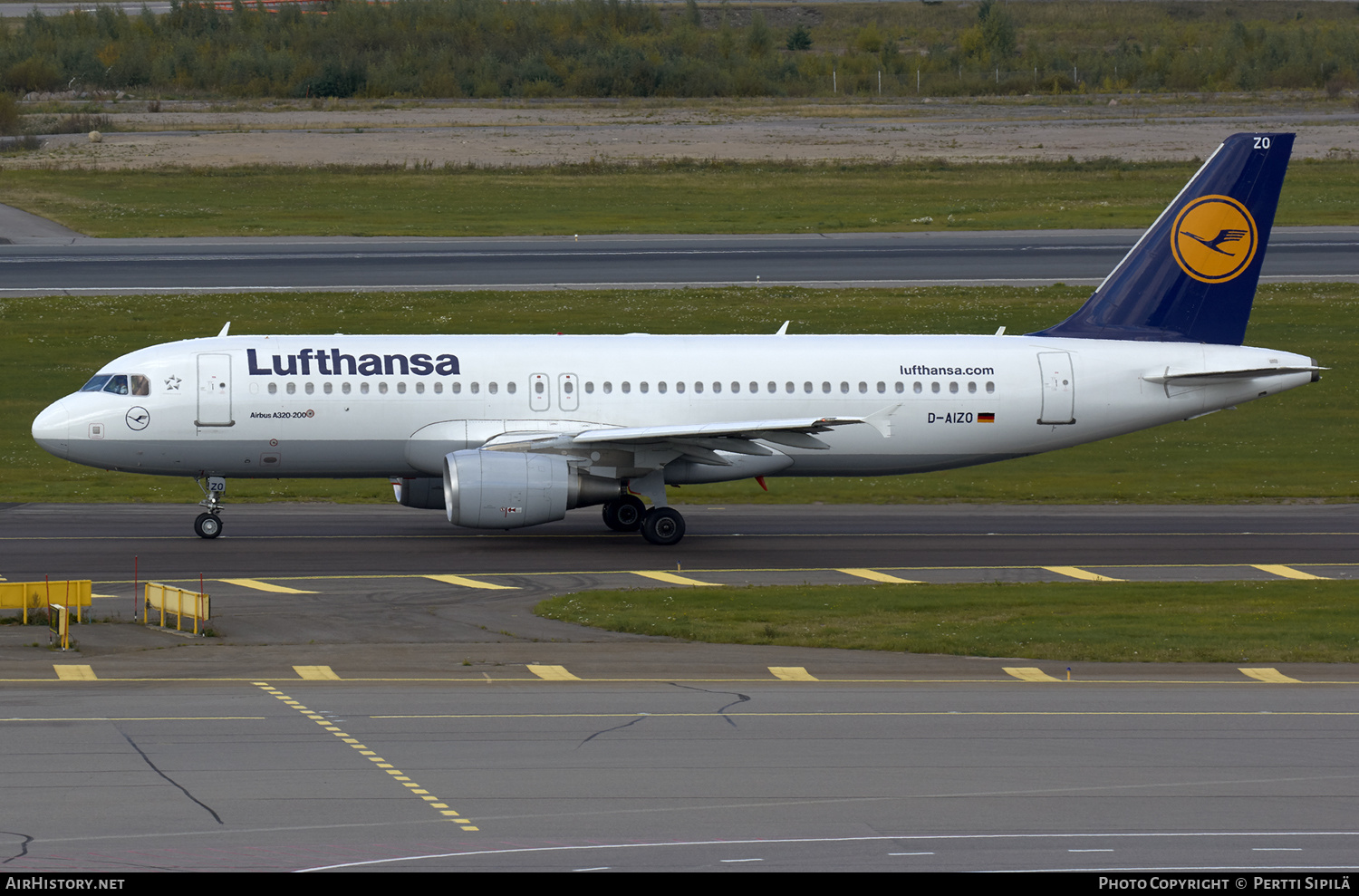 Aircraft Photo of D-AIZO | Airbus A320-214 | Lufthansa | AirHistory.net