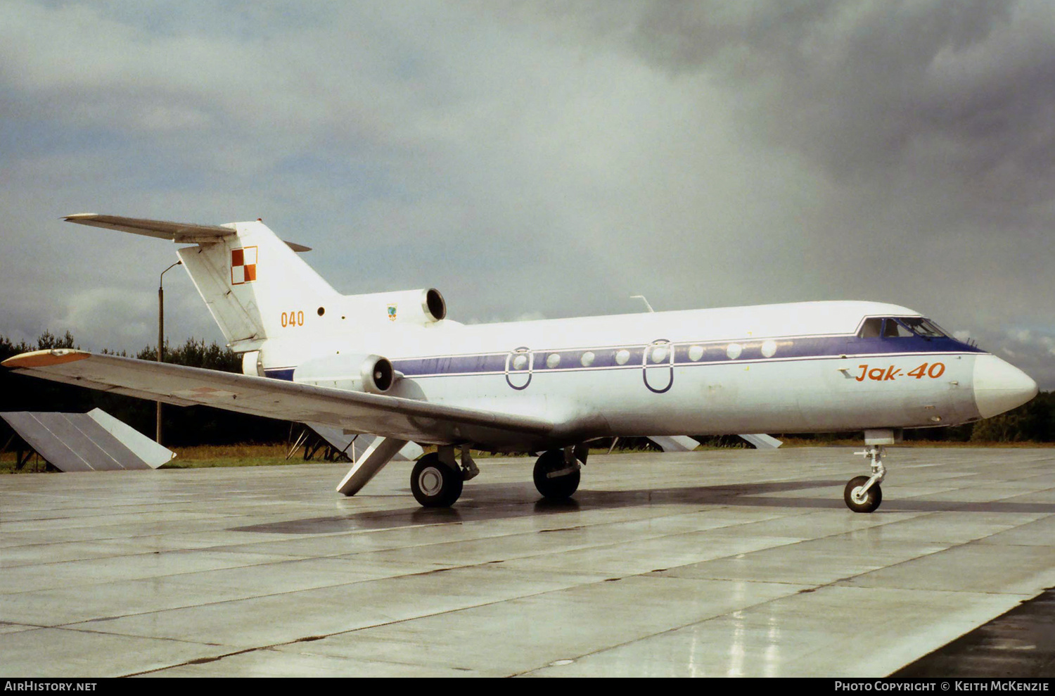 Aircraft Photo of 040 | Yakovlev Yak-40 | Poland - Air Force | AirHistory.net