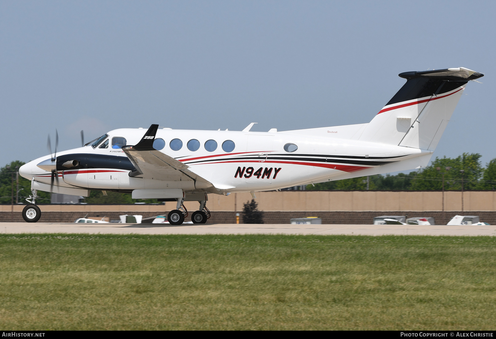Aircraft Photo of N94MY | Hawker Beechcraft B200GT King Air | AirHistory.net