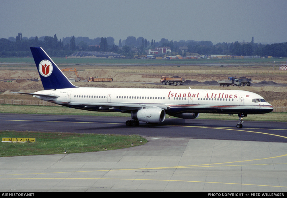 Aircraft Photo of TC-AHA | Boeing 757-236 | Istanbul Airlines | AirHistory.net
