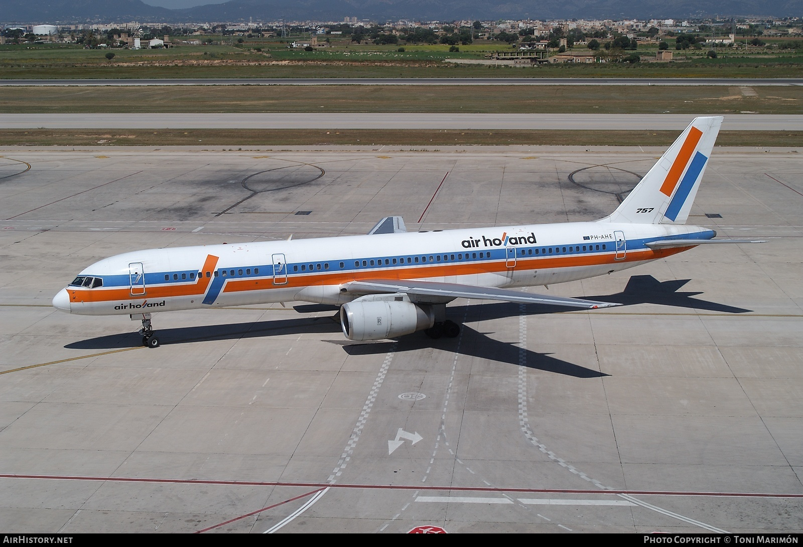 Aircraft Photo of PH-AHE | Boeing 757-27B | Air Holland | AirHistory.net #165518