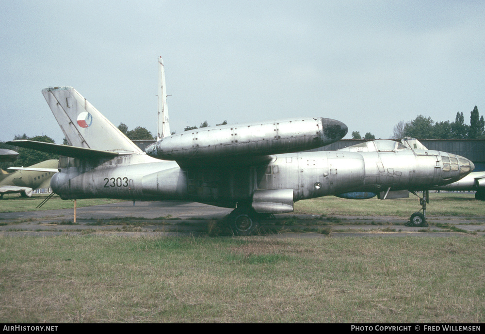 Aircraft Photo of 2303 | Ilyushin Il-28RT | Czechoslovakia - Air Force | AirHistory.net #178738