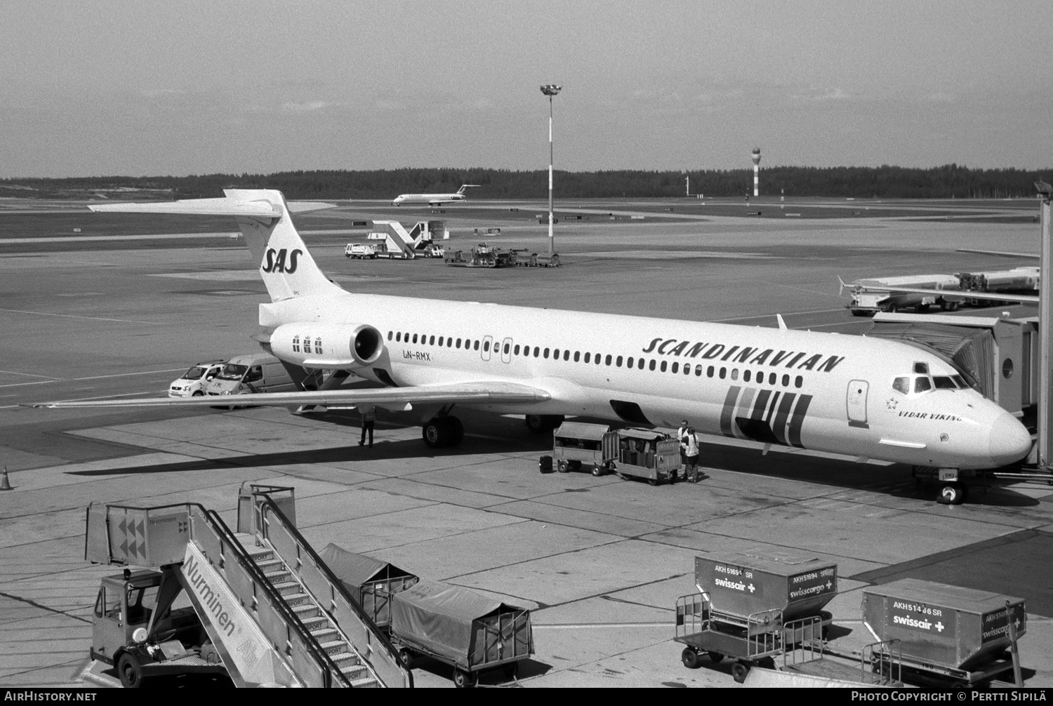 Aircraft Photo of LN-RMX | McDonnell Douglas MD-87 (DC-9-87) | Scandinavian Airlines - SAS | AirHistory.net #182763