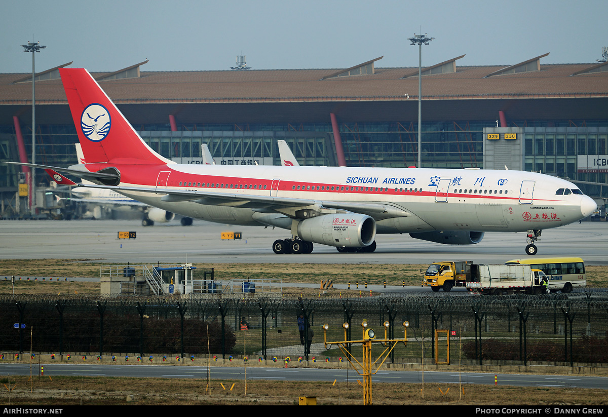 Aircraft Photo of B-6535 | Airbus A330-243 | Sichuan Airlines | AirHistory.net #185816