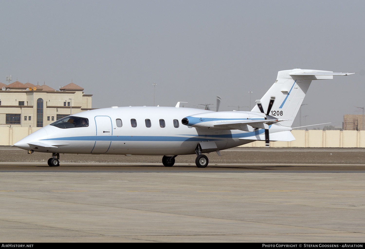 Aircraft Photo of 1208 | Piaggio P-180 Avanti | United Arab Emirates - Air Force | AirHistory.net #186326