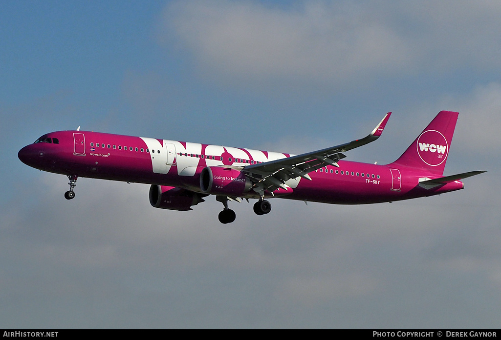 Aircraft Photo of TF-SKY | Airbus A321-253N | WOW Air | AirHistory.net #200703