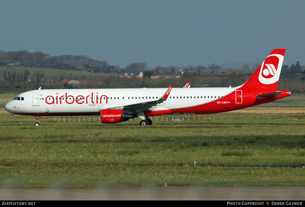 Aircraft Photo of OE-LNZ | Airbus A321-211 | Air Berlin | AirHistory.net #201499