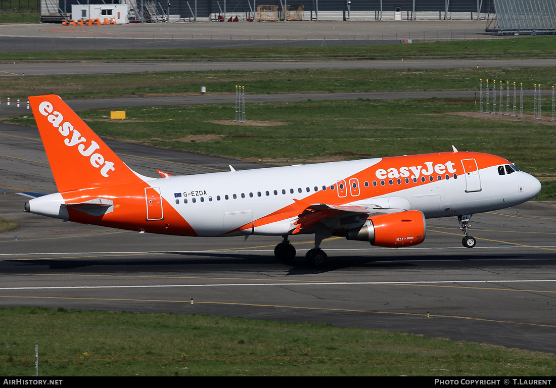 Aircraft Photo of G-EZDA | Airbus A319-111 | EasyJet | AirHistory.net #202418