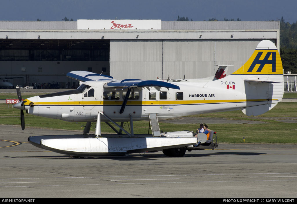 Aircraft Photo of C-GUTW | Vazar DHC-3T Turbine Otter | Harbour Air | AirHistory.net #202589