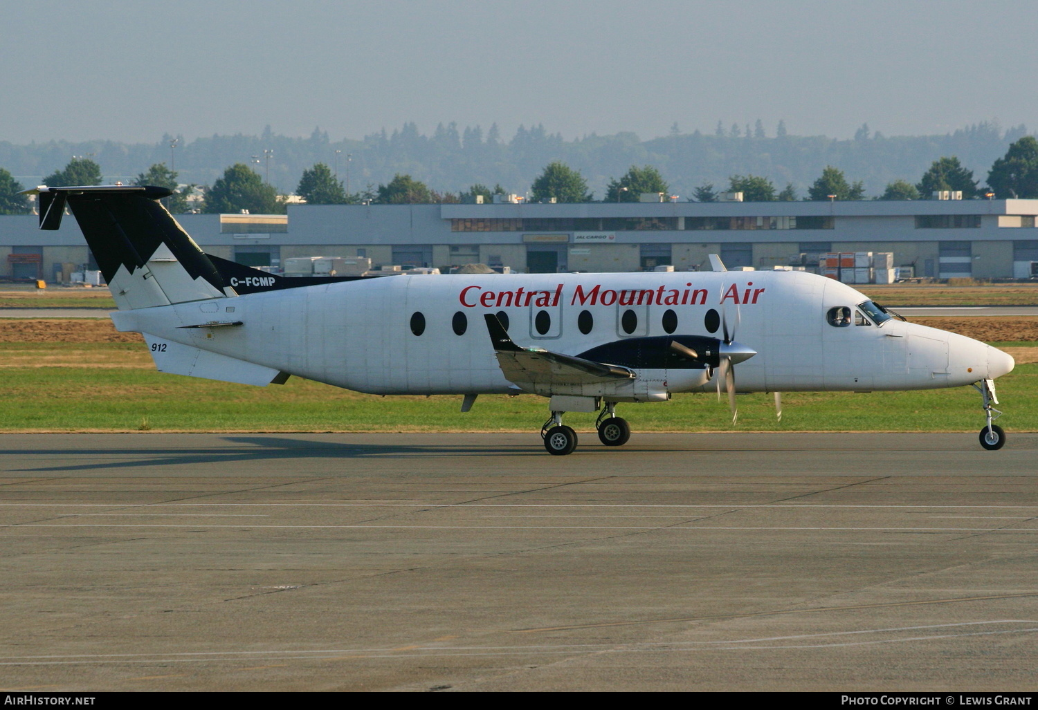 Aircraft Photo of C-FCMP | Beech 1900D | Central Mountain Air - CMA | AirHistory.net #202872