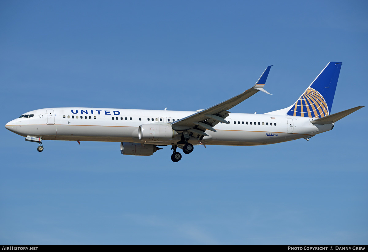 Aircraft Photo of N63820 | Boeing 737-924/ER | United Airlines | AirHistory.net #203167