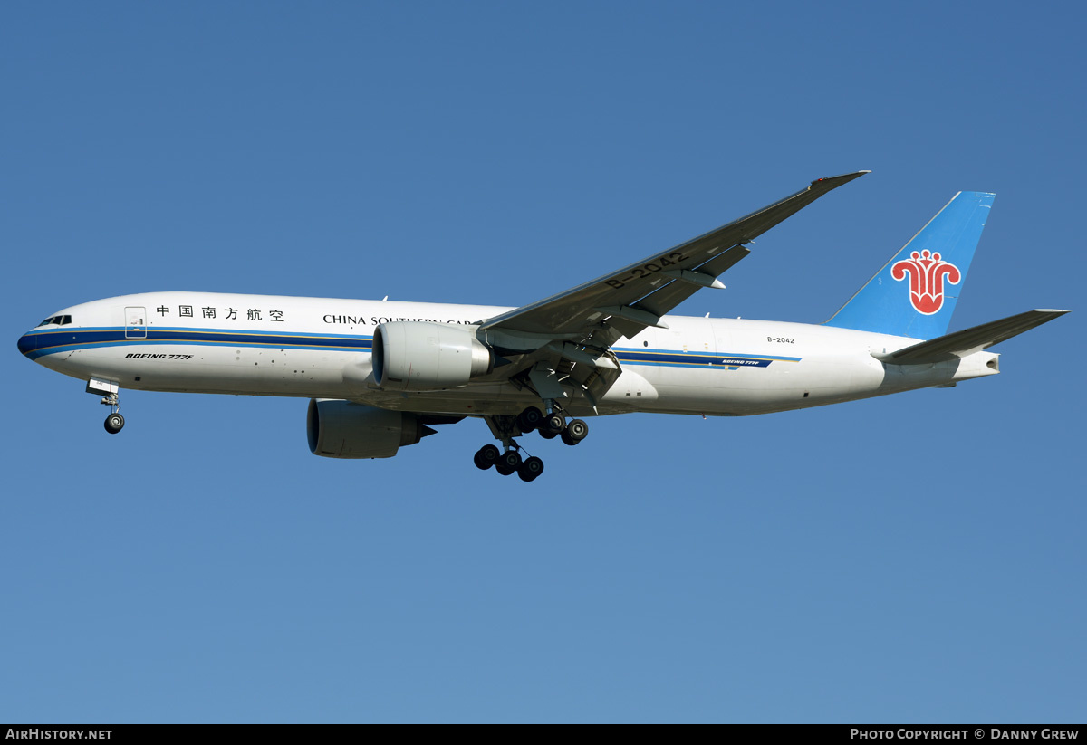 Aircraft Photo of B-2042 | Boeing 777-F1B | China Southern Airlines Cargo | AirHistory.net #203305