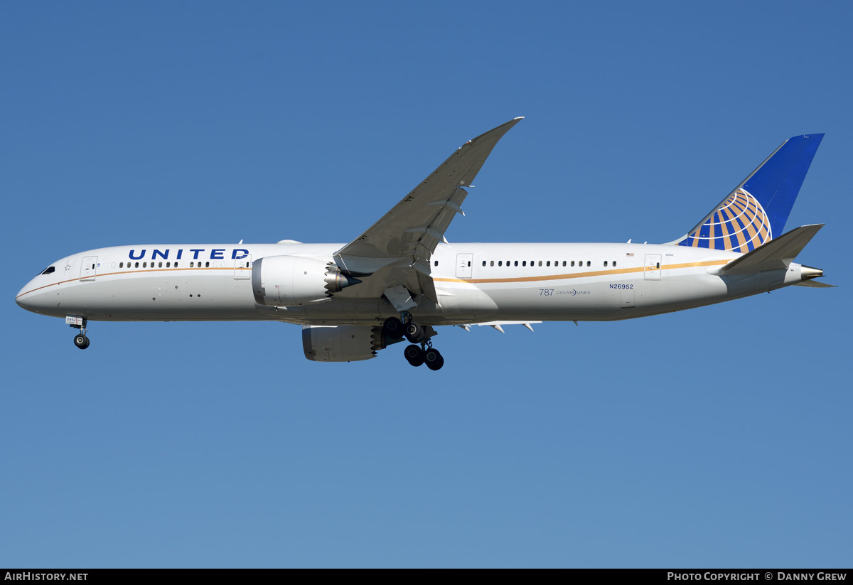 Aircraft Photo of N26952 | Boeing 787-9 Dreamliner | United Airlines | AirHistory.net #203344
