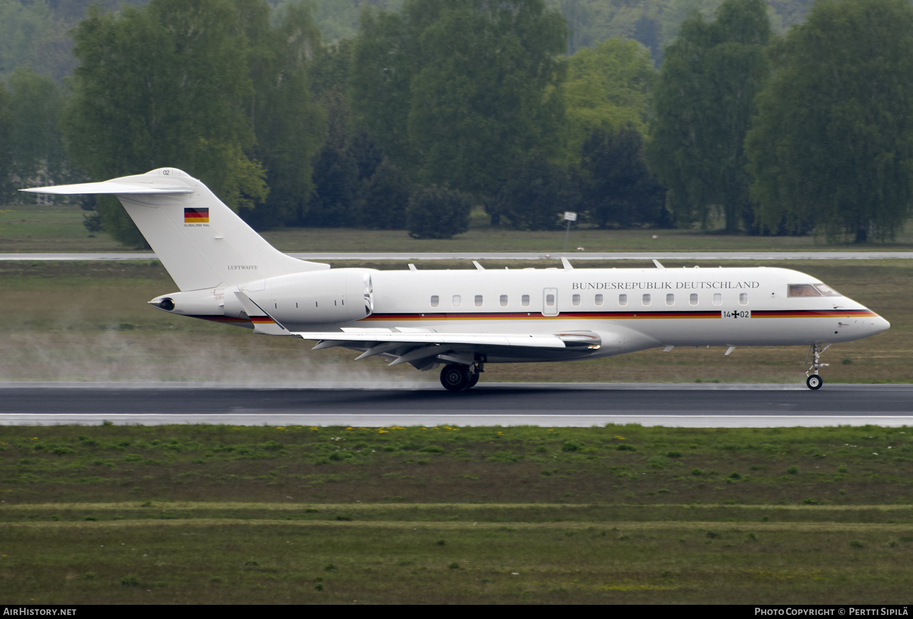 Aircraft Photo of 1402 | Bombardier Global 5000 (BD-700-1A11) | Germany - Air Force | AirHistory.net #203515