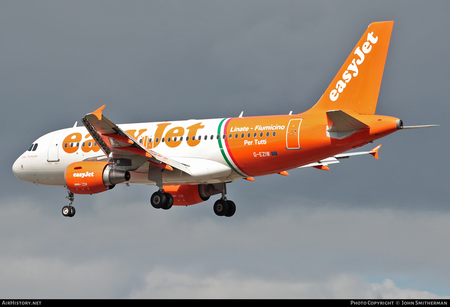 Aircraft Photo of G-EZIW | Airbus A319-111 | EasyJet | AirHistory.net #221792