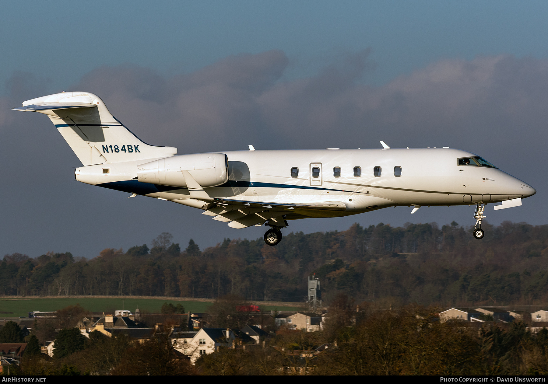 Aircraft Photo of N184BK | Bombardier Challenger 300 (BD-100-1A10) | AirHistory.net #226555