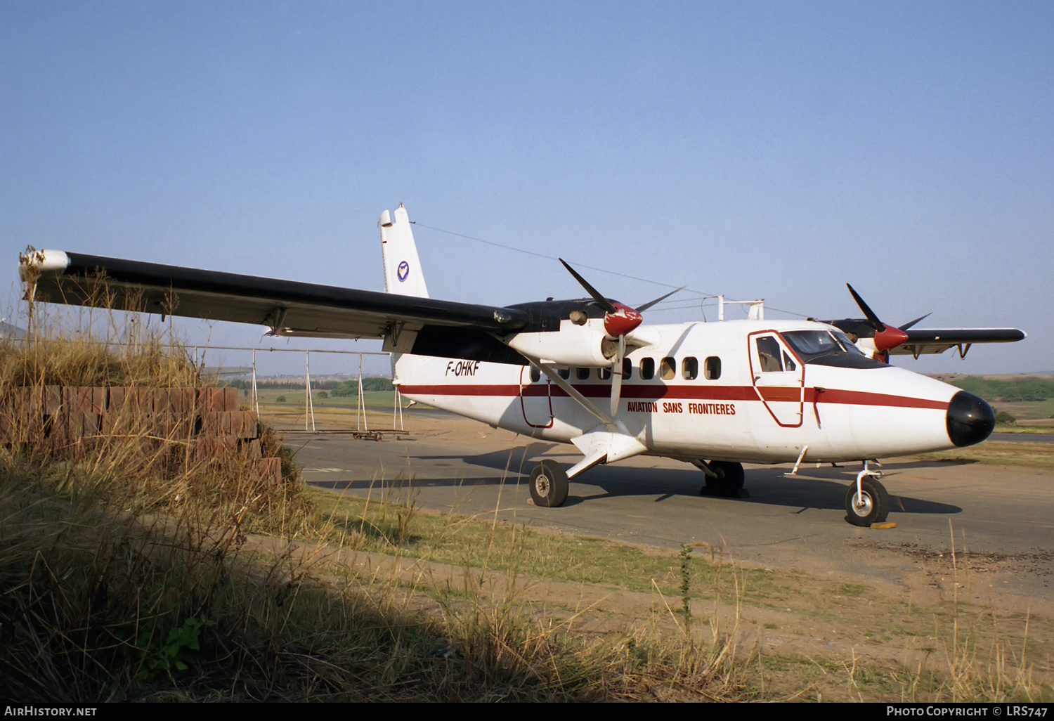 Aircraft Photo of F-OHKF | De Havilland Canada DHC-6-200 Twin Otter | Aviation Sans Frontieres - ASF | AirHistory.net #227513