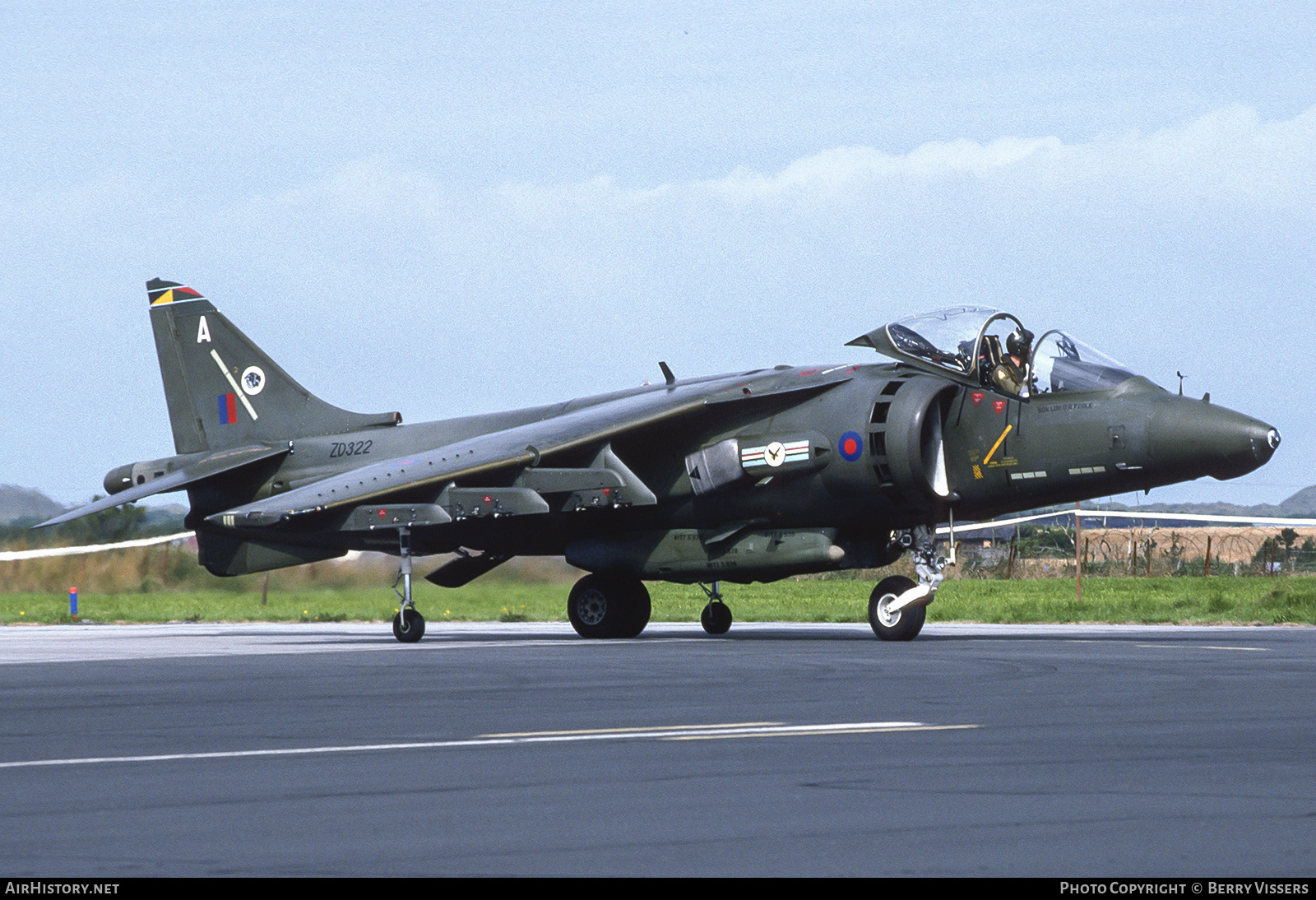 Aircraft Photo of ZD322 | British Aerospace Harrier GR5 | UK - Air Force | AirHistory.net #228940