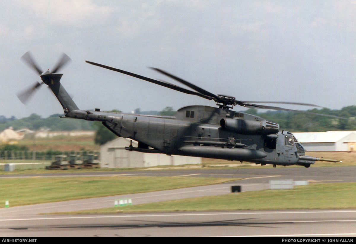 Aircraft Photo of 69-5784 | Sikorsky MH-53J Pave Low III | USA - Air Force | AirHistory.net #230331