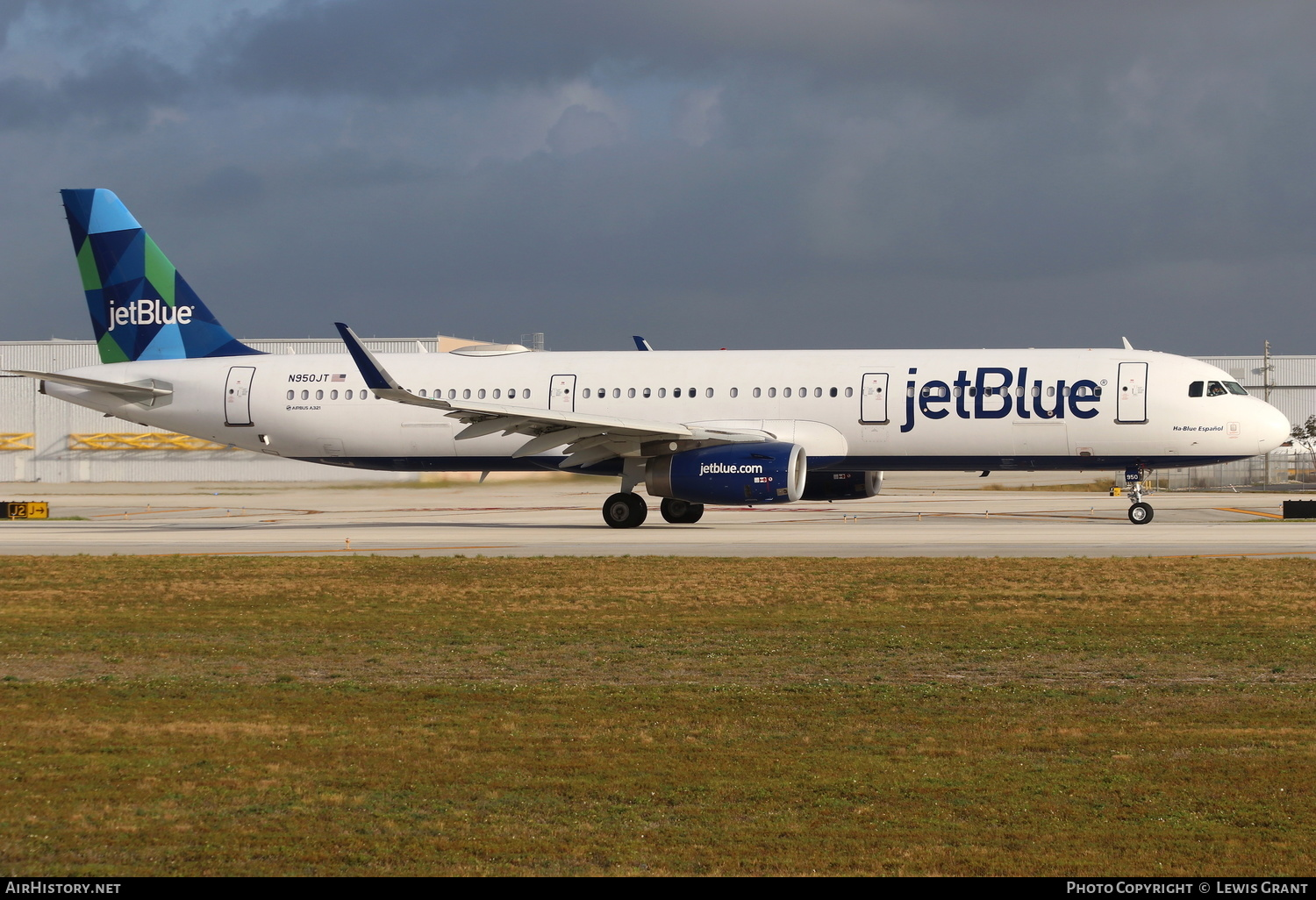 Aircraft Photo of N950JT | Airbus A321-231(SL) | JetBlue Airways | AirHistory.net #234361