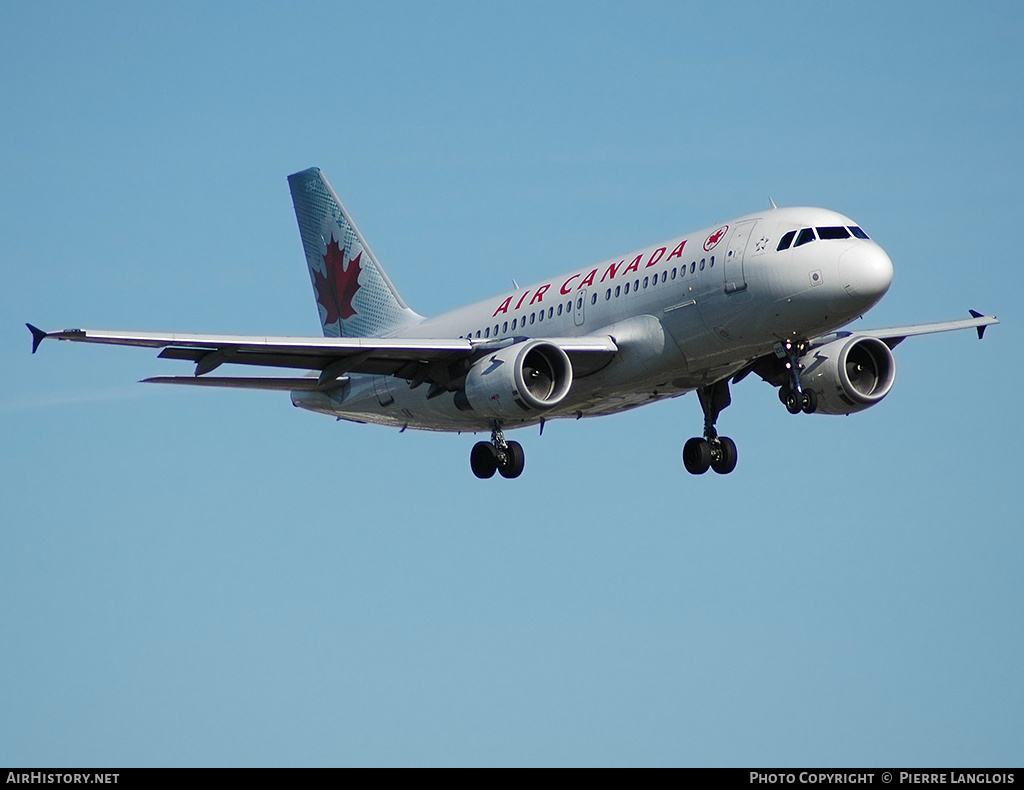 Aircraft Photo of C-FYIY | Airbus A319-114 | Air Canada | AirHistory.net #243960