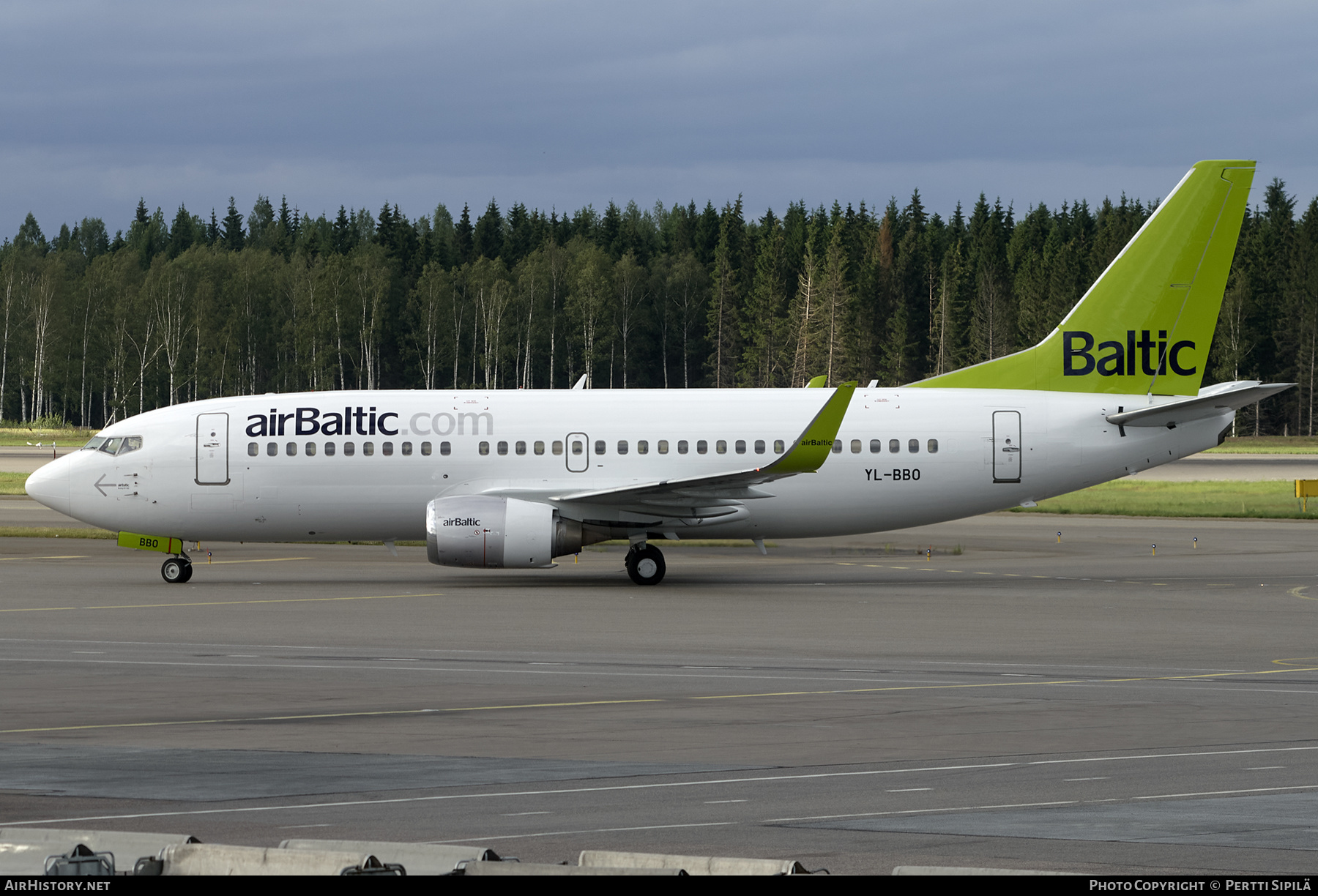 Aircraft Photo of YL-BBO | Boeing 737-33V | AirBaltic | AirHistory.net #278808