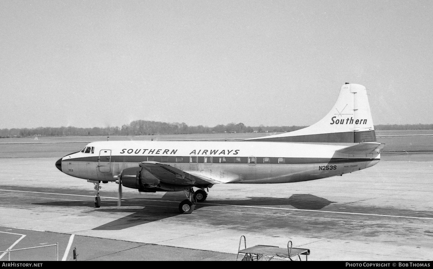 Aircraft Photo of N253S | Martin 404 | Southern Airways | AirHistory.net #344788