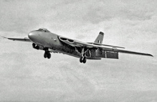 Aircraft Photo of WB215 | Vickers Valiant | UK - Air Force | AirHistory.net #14397