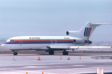 Aircraft Photo of N7059U | Boeing 727-22 | United Airlines | AirHistory.net