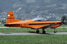 Aircraft photo of A-923 - Pilatus PC-7 - Switzerland - Air Force, taken by Joop de Groot at Locarno (LSZL / LSMO) in Switzerland on 13 August 1990.