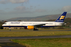 Aircraft Photo of TF-FIV | Boeing 757-208 | Icelandair | AirHistory.net #94069