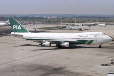 Aircraft Photo of AP-AYV | Boeing 747-282B | Pakistan International Airlines - PIA | AirHistory.net #354968