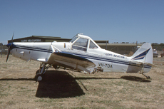 Aircraft Photo of VH-TOA | Piper PA-25-235 Pawnee D | Lloyd Aviation | AirHistory.net #31583