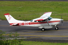 Aircraft photo of HC-BZE - Cessna T206G Turbo Stationair - Alas Del Socorro, taken by Sandro Rota at Quito - Mariscal Sucre (SEQU / UIO) (closed) in Ecuador on 2 March 2011. Alas del Socorro is a private medevac company based in the Ecuadorian jungle. It is run by Christian missionaries and volunteers.