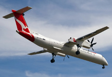 Aircraft Photo of VH-QOU | Bombardier DHC-8-402 Q400 | QantasLink | AirHistory.net