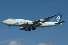 Aircraft Photo of ZK-NBW | Boeing 747-419 | Air New Zealand | AirHistory.net