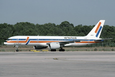 Aircraft Photo of G-MONC | Boeing 757-2T7 | Air Holland | AirHistory.net