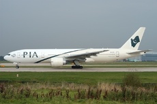 Aircraft Photo of AP-BGL | Boeing 777-240/ER | Pakistan International Airlines - PIA | AirHistory.net