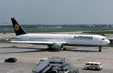 Aircraft Photo of D-ABUC | Boeing 767-330/ER | Lufthansa | AirHistory.net #78485