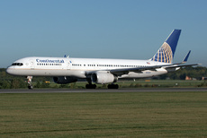 Aircraft photo of N14121 - Boeing 757-224 - Continental Airlines, taken on 4 October 2010 by Trevor Thornton.