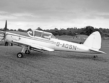 Aircraft Photo of G-AOSN | De Havilland DHC-1 Chipmunk Mk22 | AirHistory.net #115375