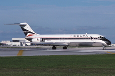 Aircraft Photo of N1267L | Douglas DC-9-32 | Delta Air Lines | AirHistory.net