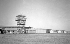 Airport photo of Uranquinty (closed) in New South Wales, Australia, taken in January 1960 by Ben Dannecker (via David Carter).