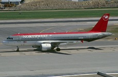 Aircraft photo of N359NW - Airbus A320-212 - Northwest Airlines, taken by Pertti Sipilä at Minneapolis / Saint Paul - International / Wold-Chamberlain Field (KMSP / MSP) in Minnesota, United States on 28 April 2004.