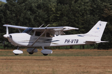 Aircraft photo of PH-VTB - Cessna 172S Skyhawk SP, taken by Mick Bajcar at Schaffen - Diest (EBDT) in Belgium on 12 August 2018 during the International Old Timer Fly-in 2018. previously N1023Q, OO-FRF and D-EBGP